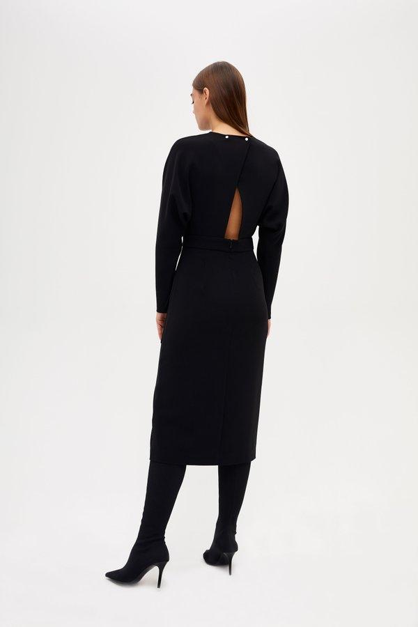 Платье с вырезом на спинке вид сзади