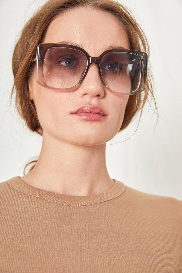 очки солнцезащитные цвет: черный