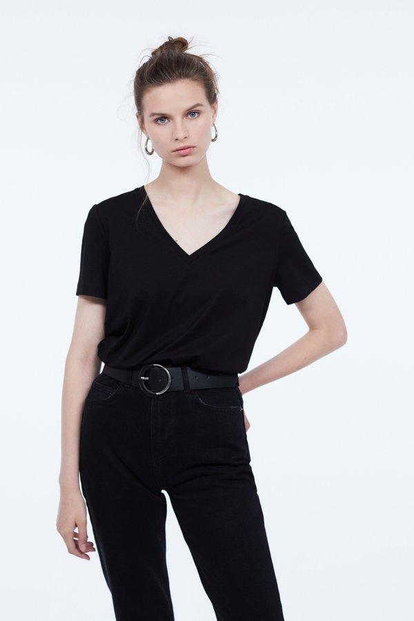 Базовая футболка с V-образным вырезом цвет: черный