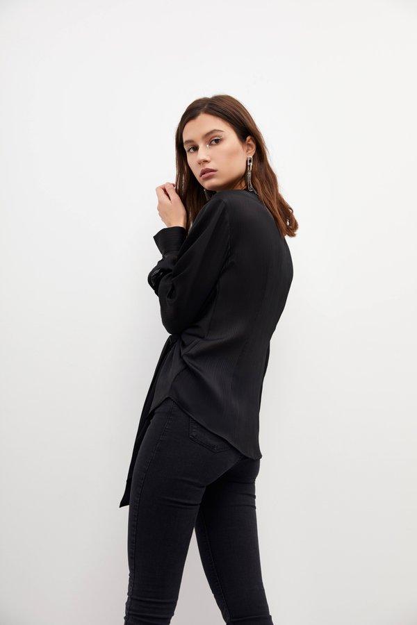 Асимметричная рубашка вид сзади