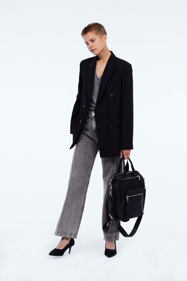 Рюкзак с молниями вид сзади