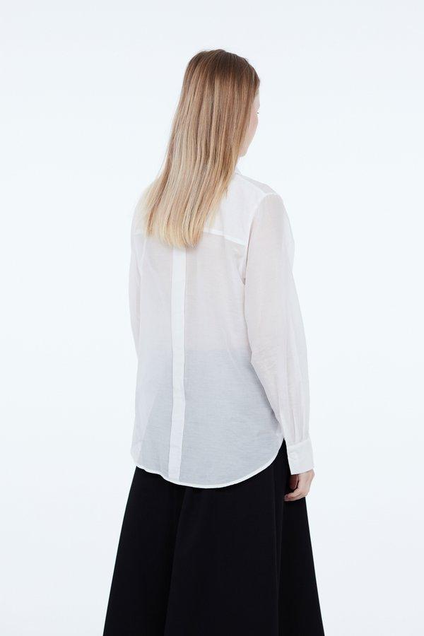 Рубашка из хлопка и шелка вид сзади