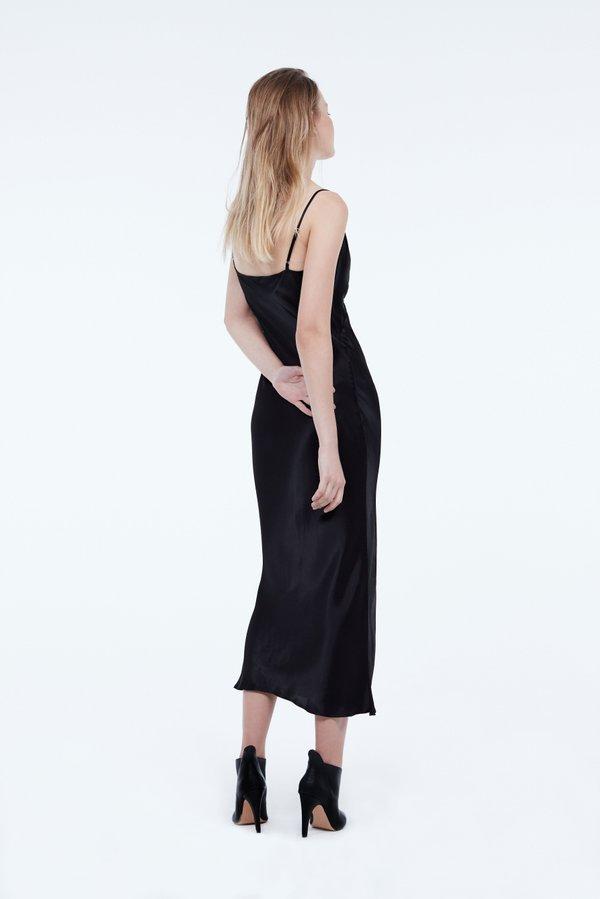 Платье облегающего силуэта вид сзади