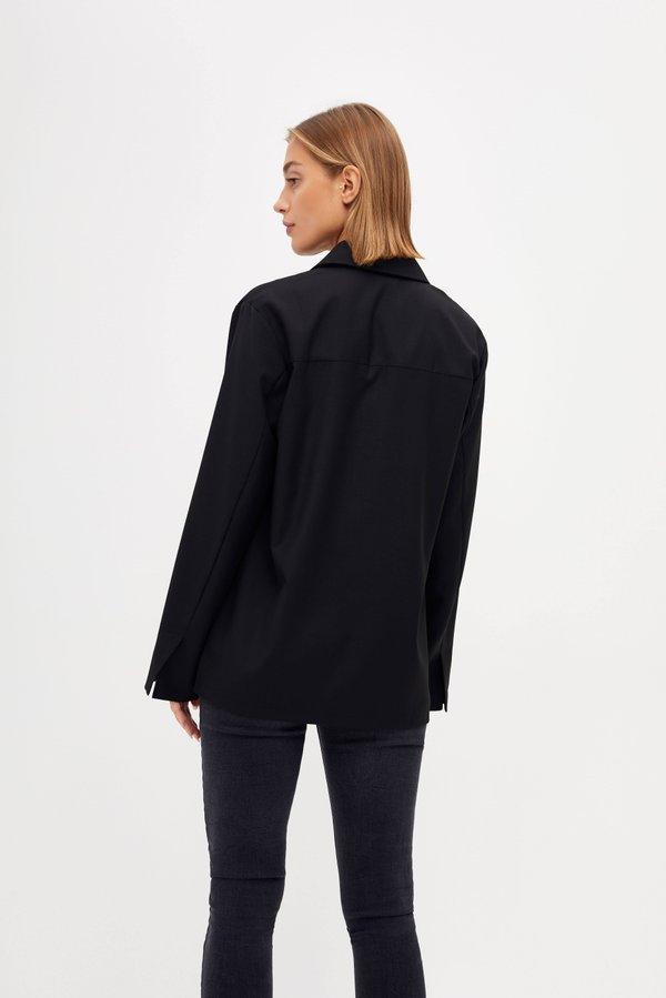 Двубортная рубашка вид сзади