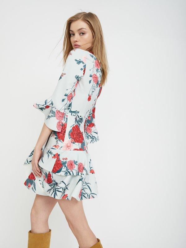 Платье с асимметричной юбкой вид сзади