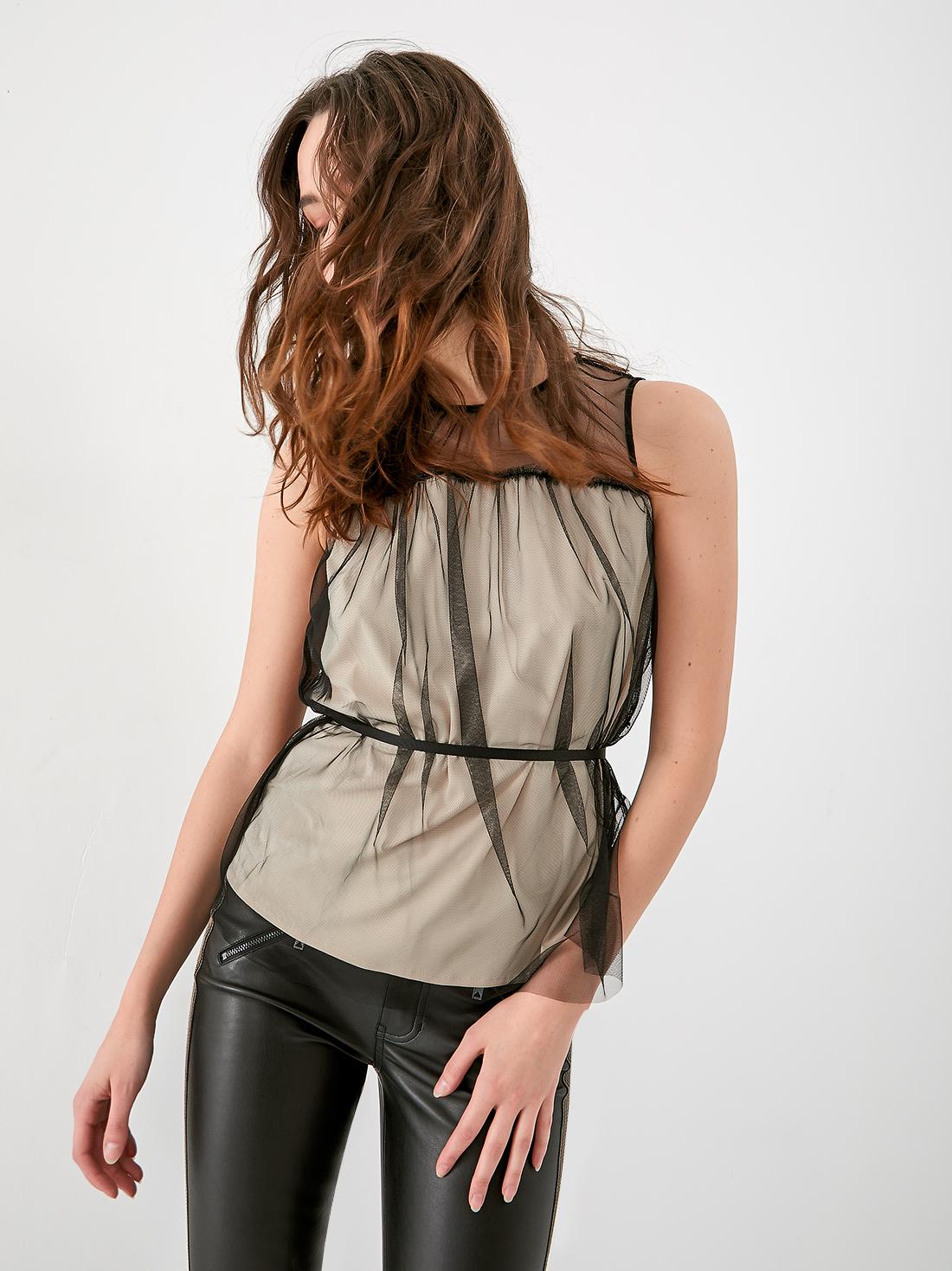 Блузка из сетки на подкладе