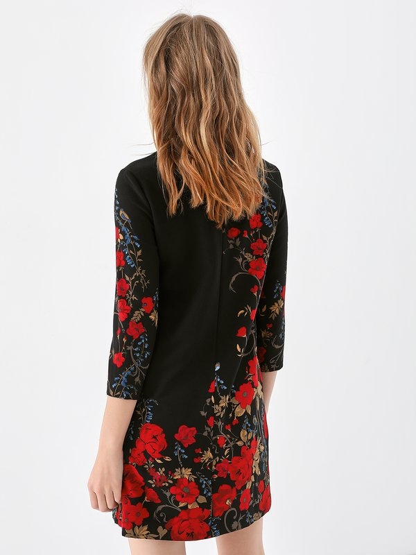 Платье с асимметричным цветочным принтом вид сзади