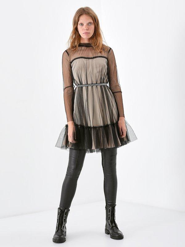 Платье из декоративной сетки на подкладе
