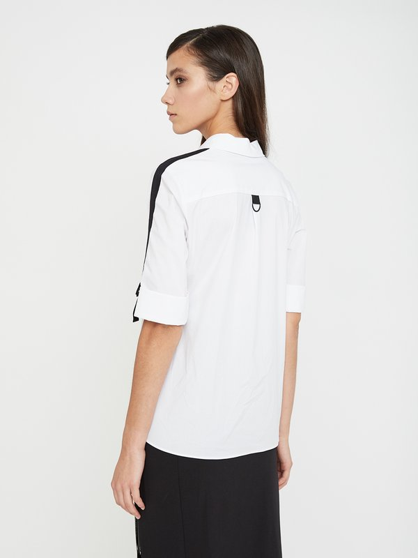 Рубашка с контрастными вставками на рукавах вид сзади