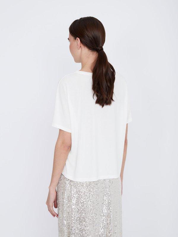 Комбинированная футболка с пайетками вид сзади