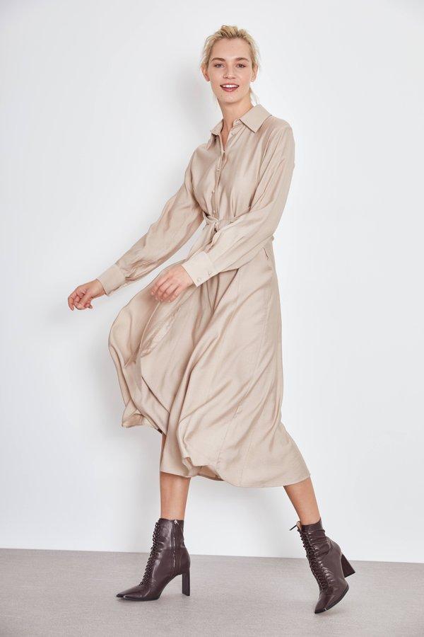 Платье с завязкой
