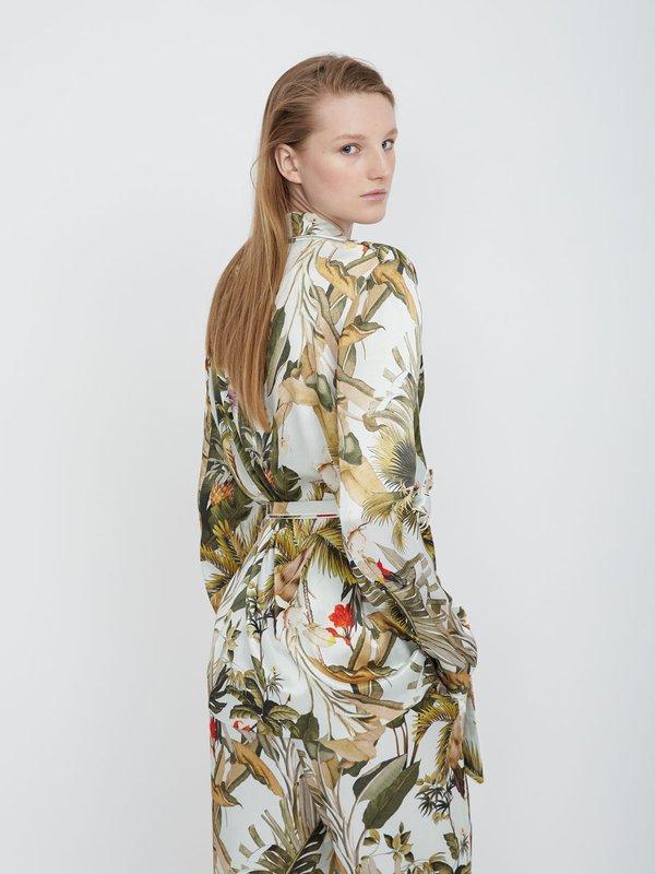 Жакет с тропическим принтом вид сзади