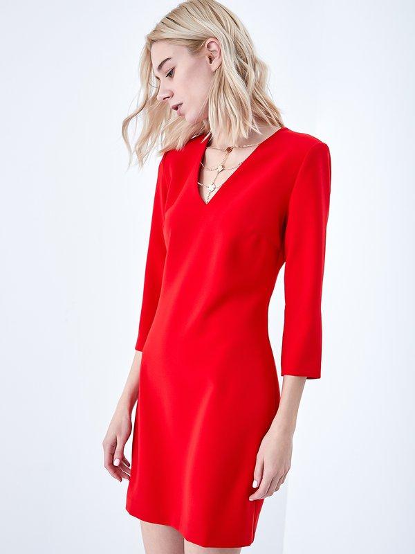 Платье с аксессуаром цвет: красный