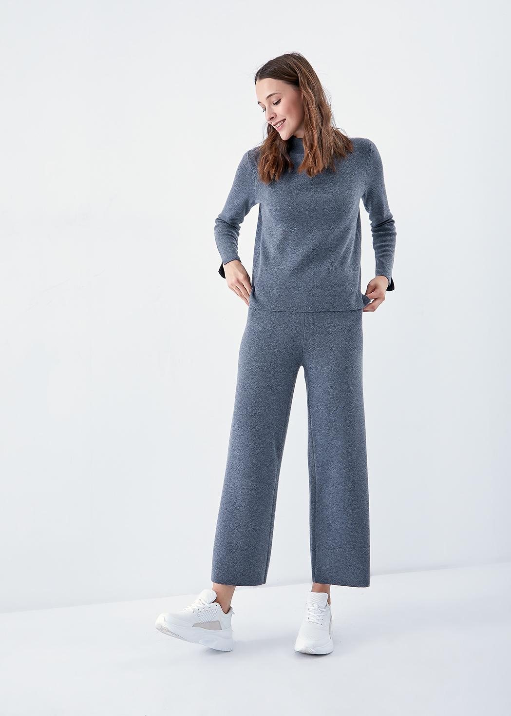 Свободные трикотажные брюки