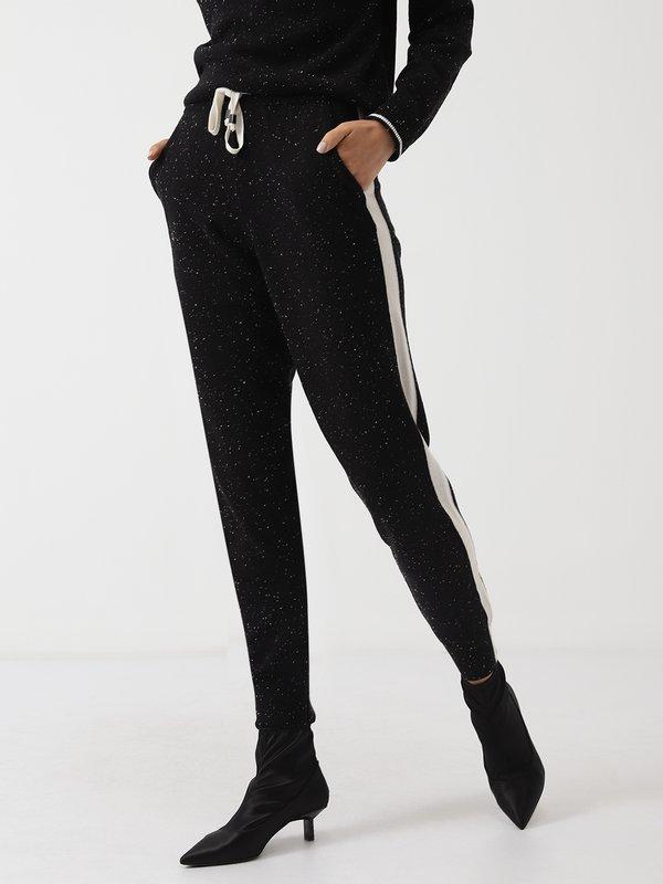 Трикотажные брюки с лампасом