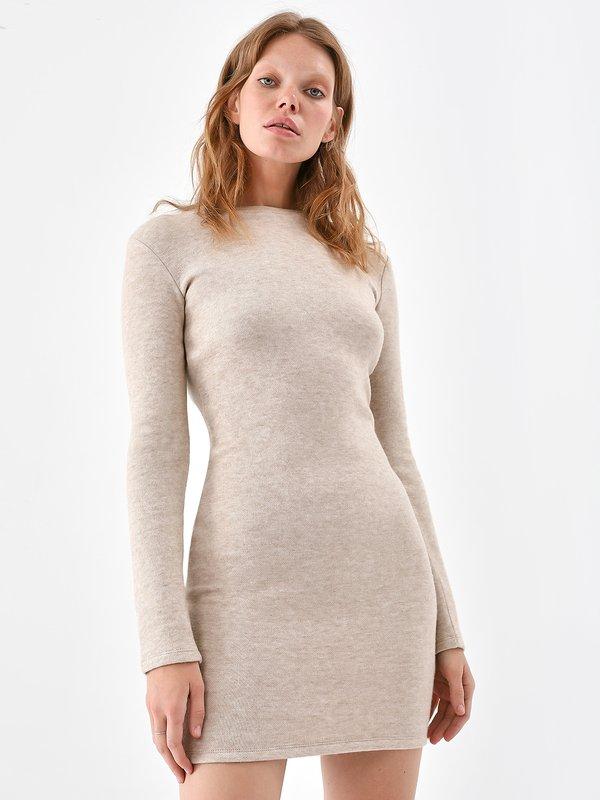 Трикотажное платье цвет: бежевый меланж
