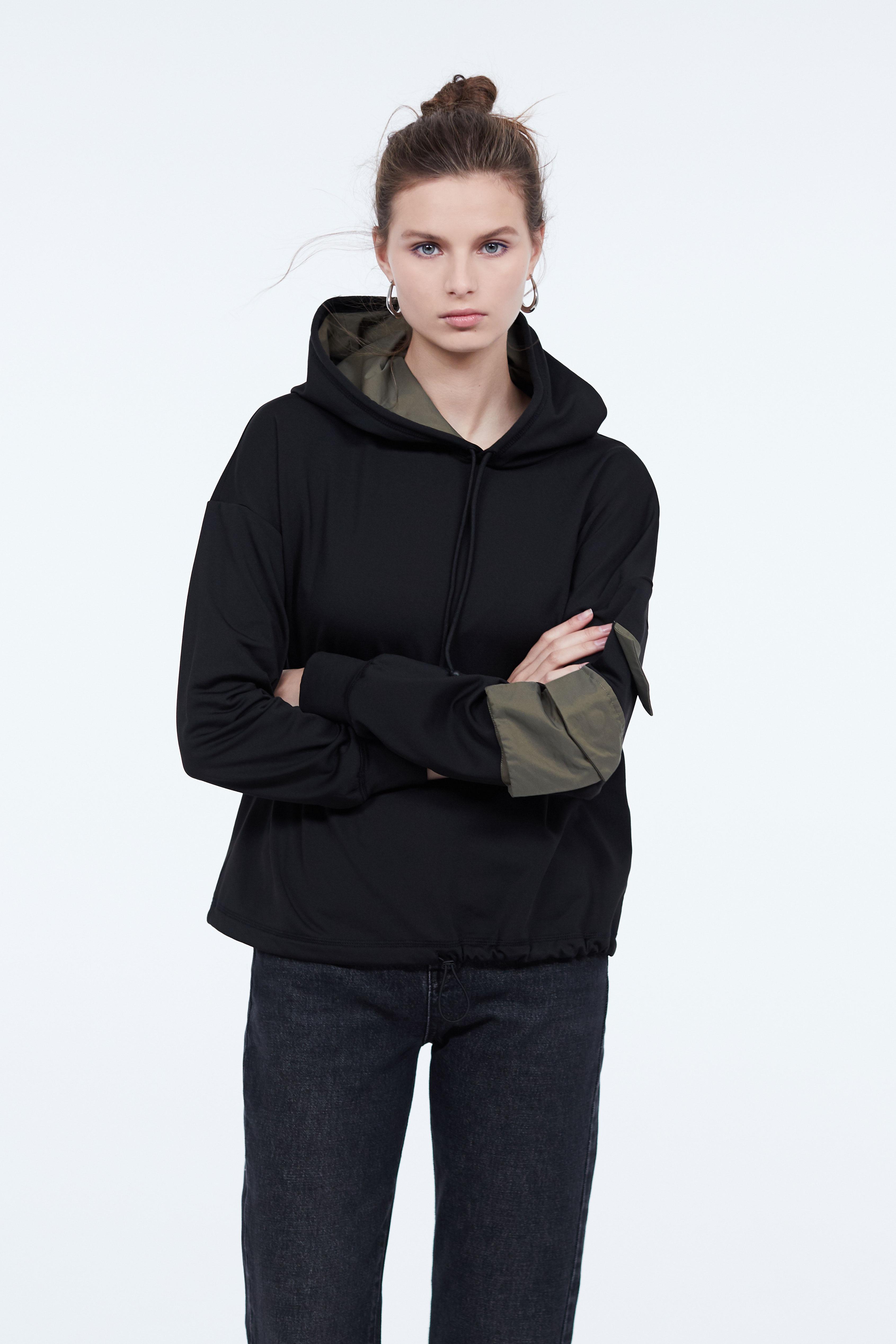 Толстовка LIME Толстовка с контрастным карманом yuzhe studios черная рубашка с контрастным карманом rushmore
