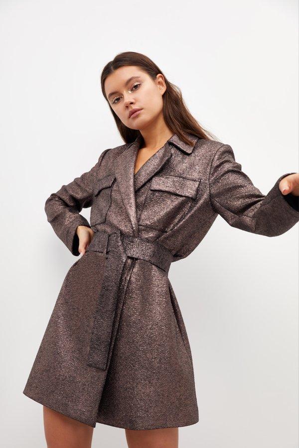 Платье с отложным воротником и карманами
