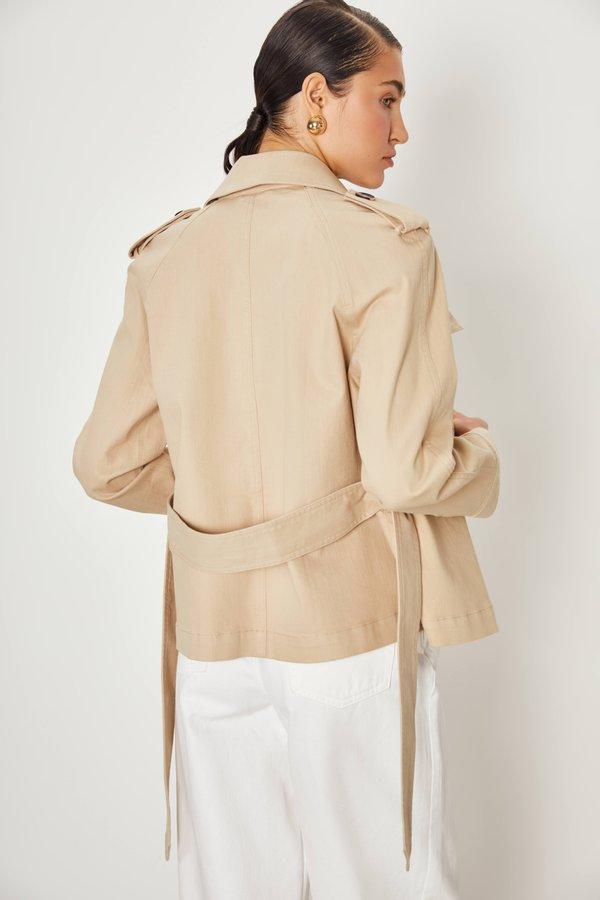 куртка вид сзади
