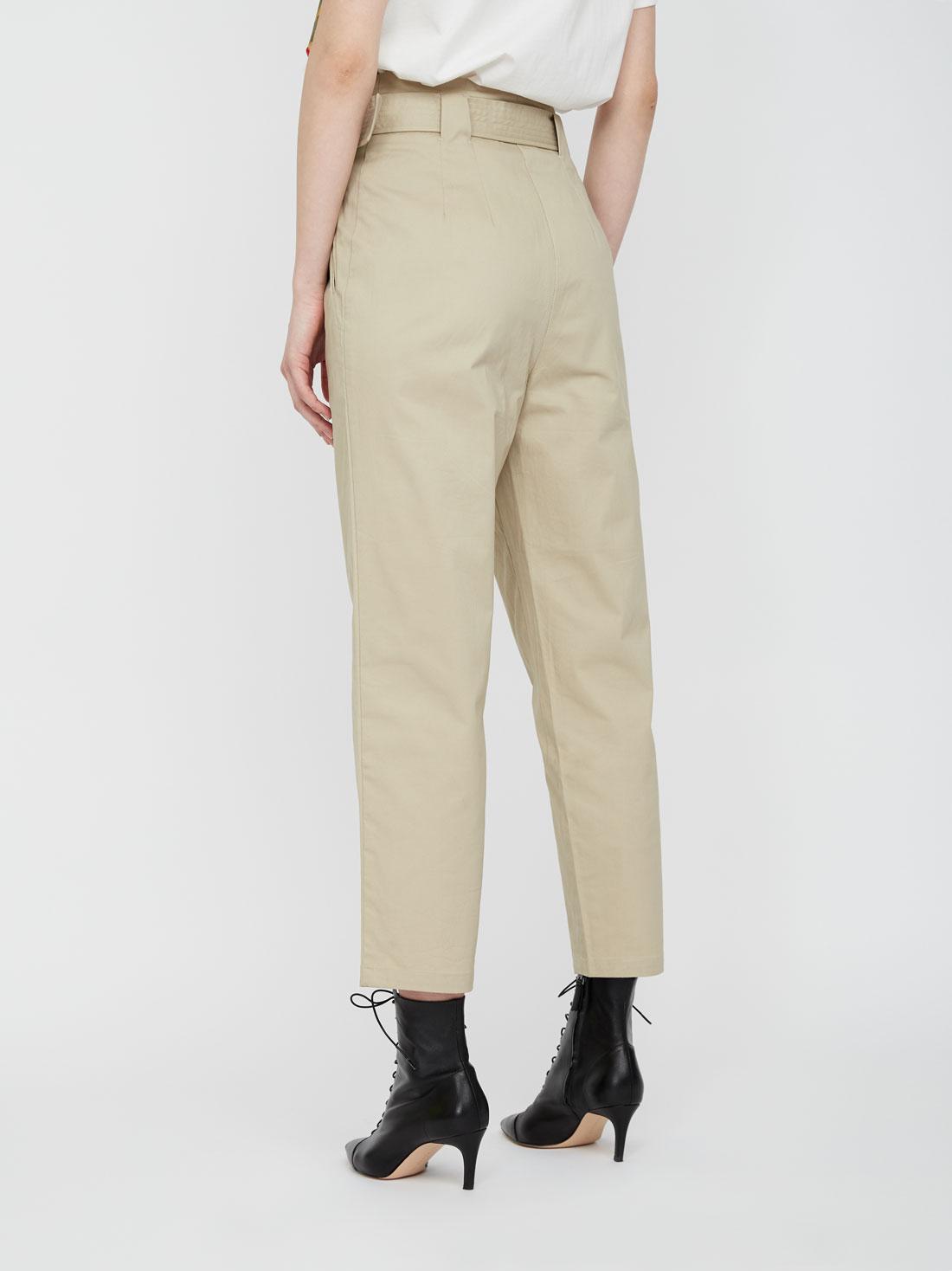 Укороченные брюки с высокой посадкой