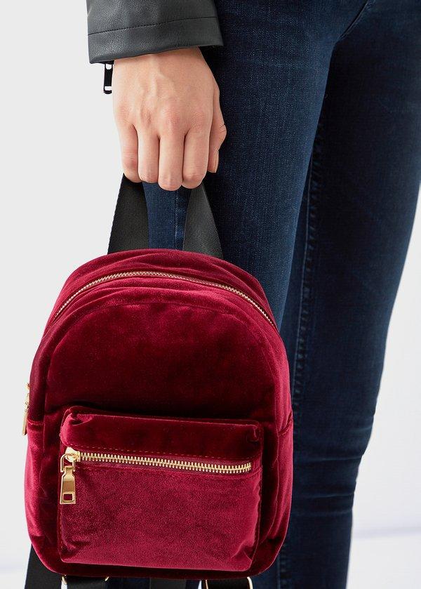 Бархатный рюкзак вид сзади