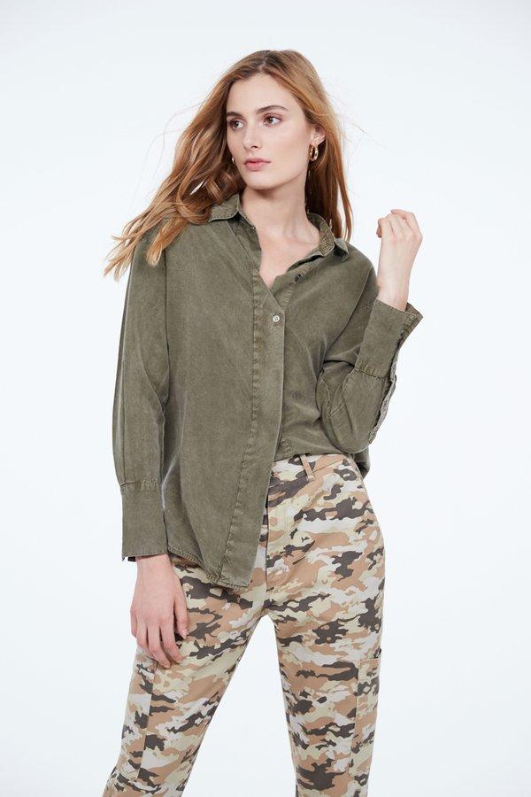 Рубашка с широкой планкой