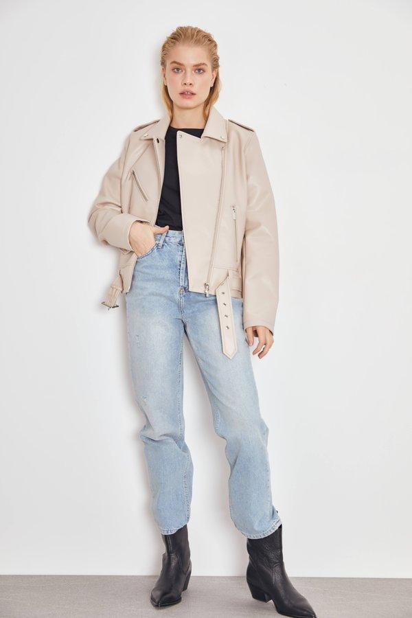 Куртка в байкерском стиле из искусственной кожи