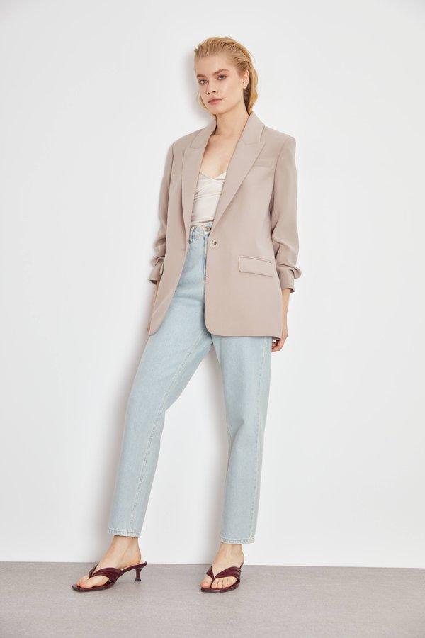 Пиджак с подворачиваемыми рукавами