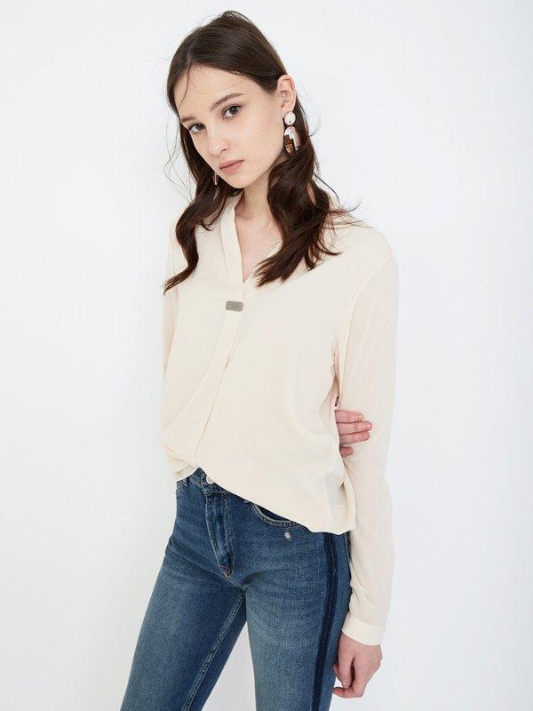 Блузка с V - образным вырезом цвет: кремовый