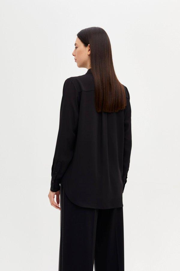 Рубашка прямого силуэта вид сзади