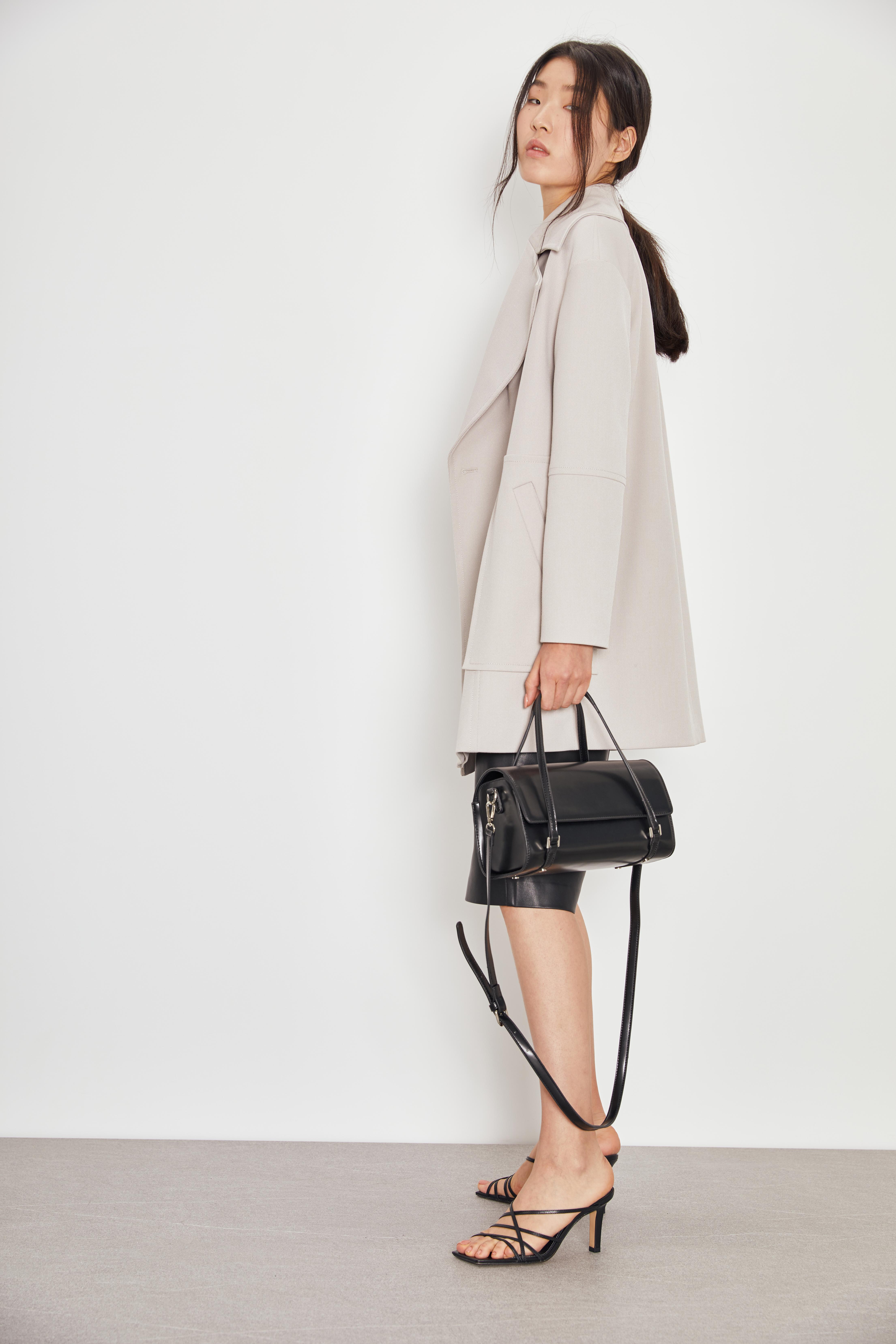 Пальто с накладными карманами LIME