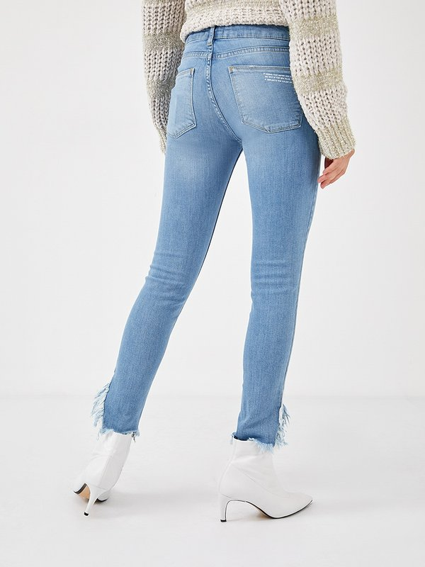 джинсы вид сзади