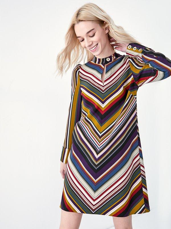 Платье с диагональными полосками