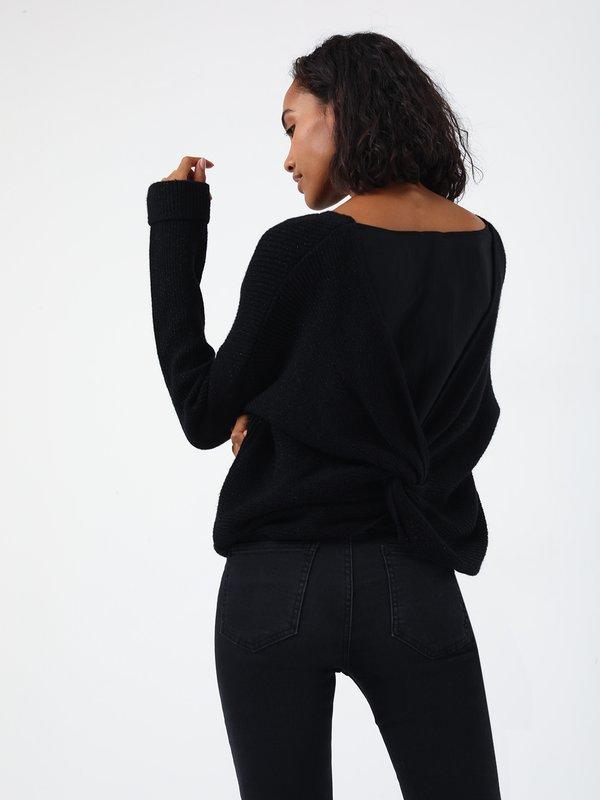 Джемпер с перекрученной спинкой вид сзади