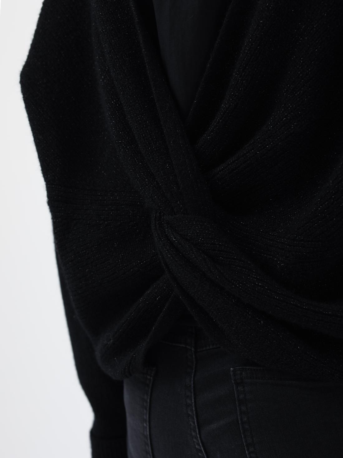 Джемпер с перекрученной спинкой