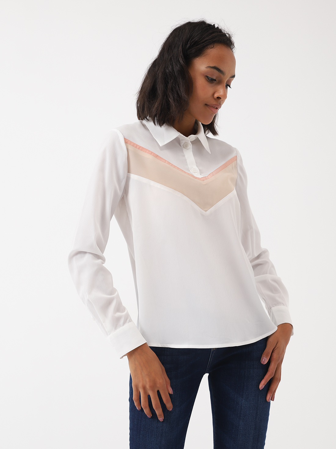 Блузка со вставками