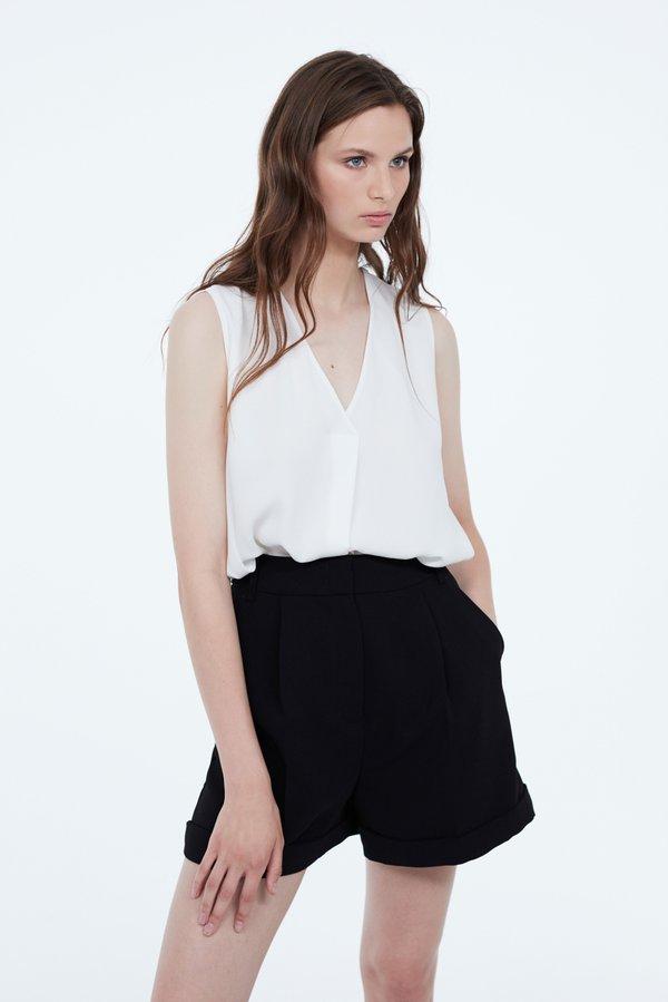 Блузка со складкой цвет: молочный