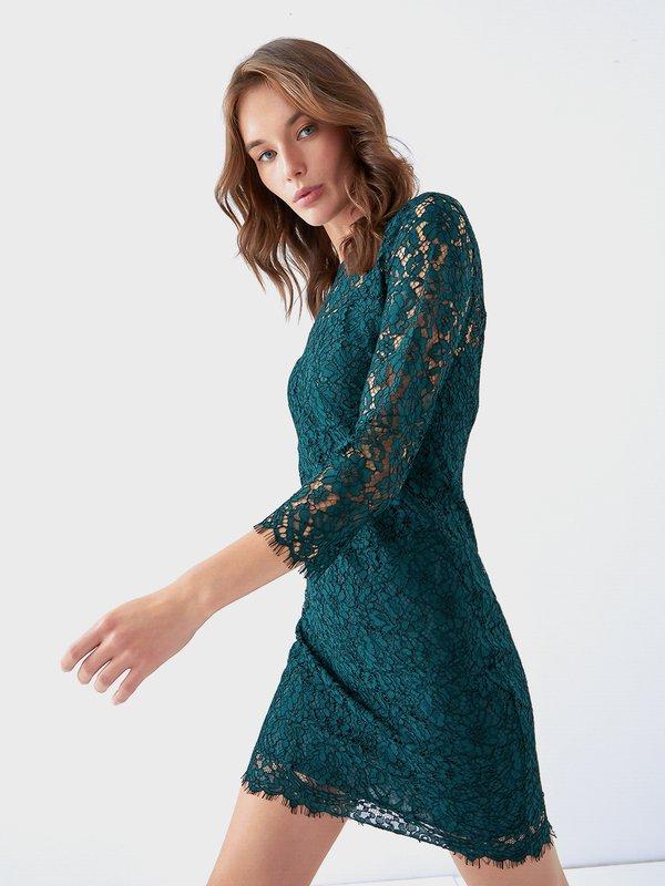 Платье из кружева цвет: изумрудный