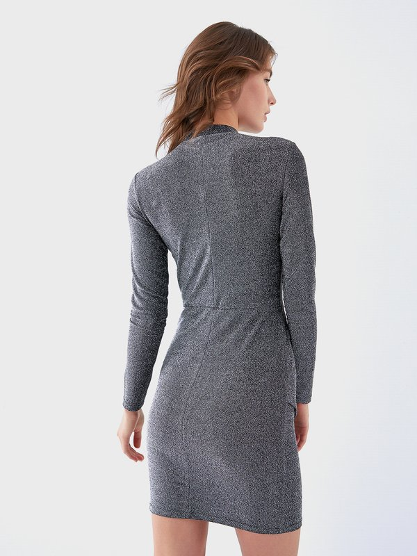 Асимметричное платье с защипами вид сзади