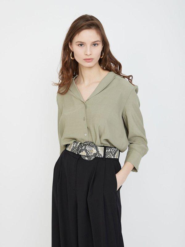 Рубашка с отложным воротником
