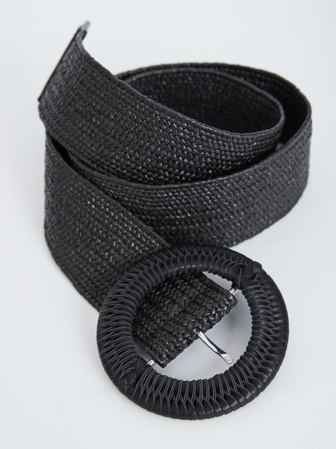 Плетеный ремень с круглой пряжкой
