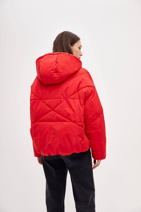Куртка прямого силуэта вид сзади
