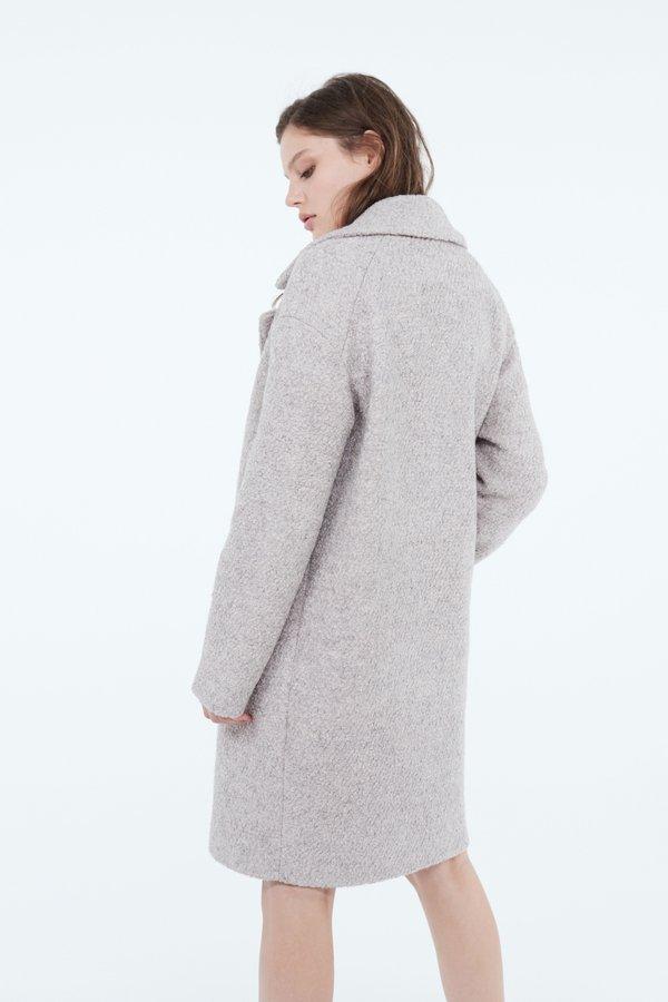 Пальто О-силуэта вид сзади
