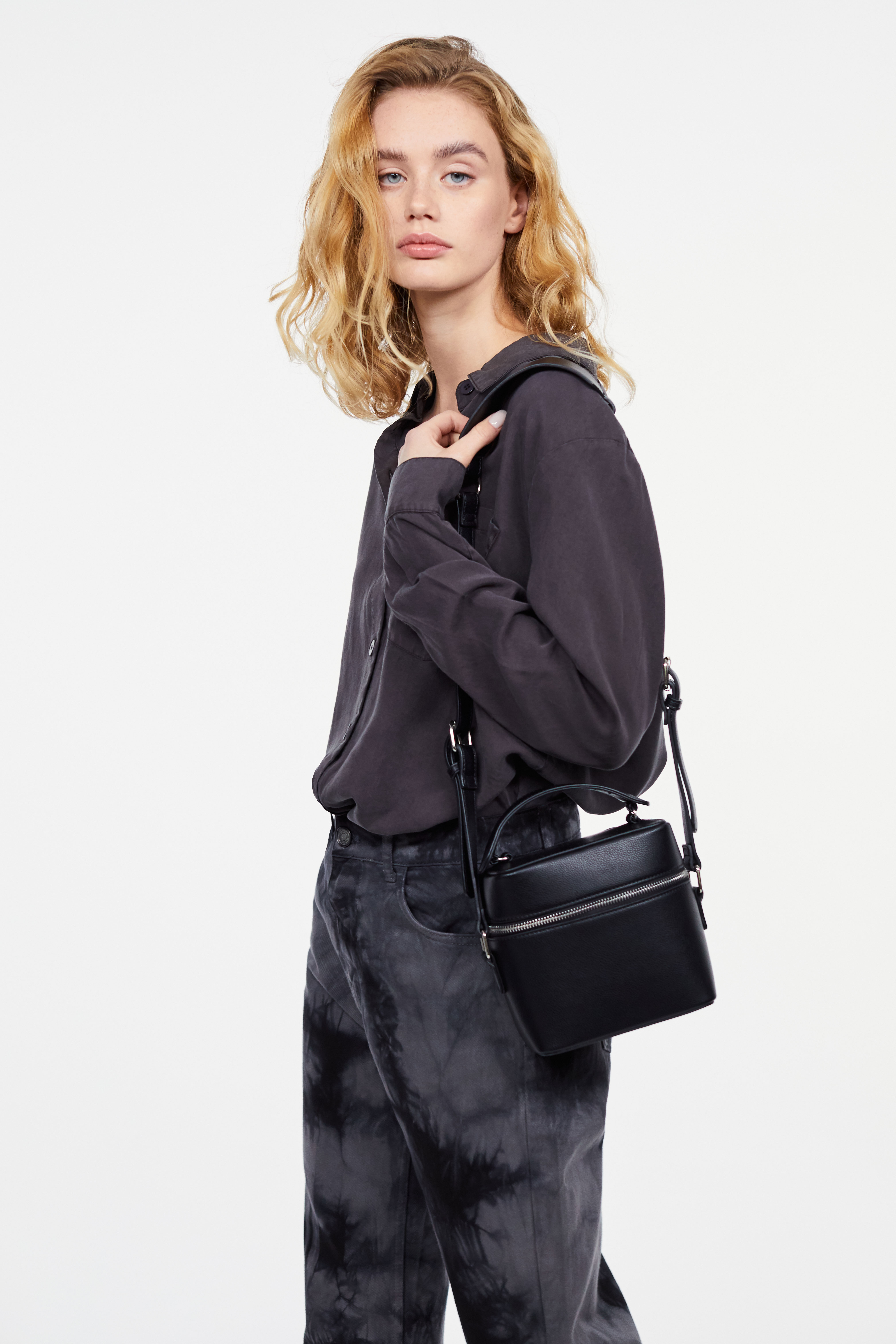 Фото - Сумка LIME Структурная сумка на молнии сумка