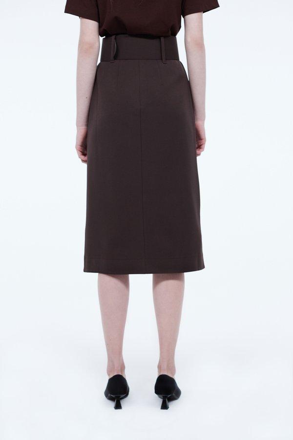 Асимметричная юбка вид сзади