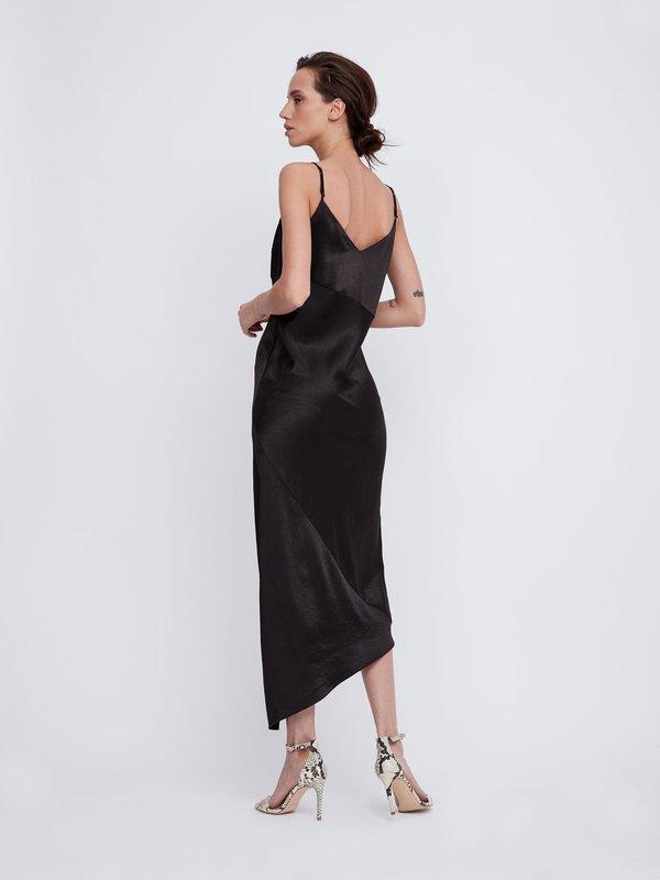 Платье с асимметричным низом вид сзади