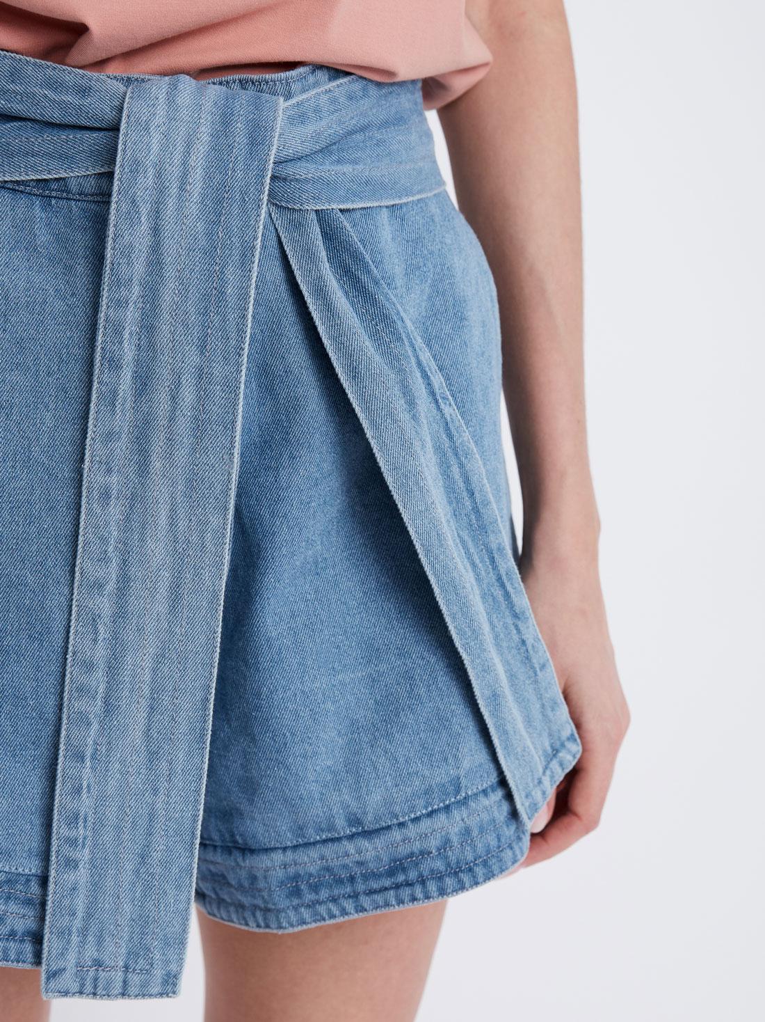 Расклешеные шорты с поясом