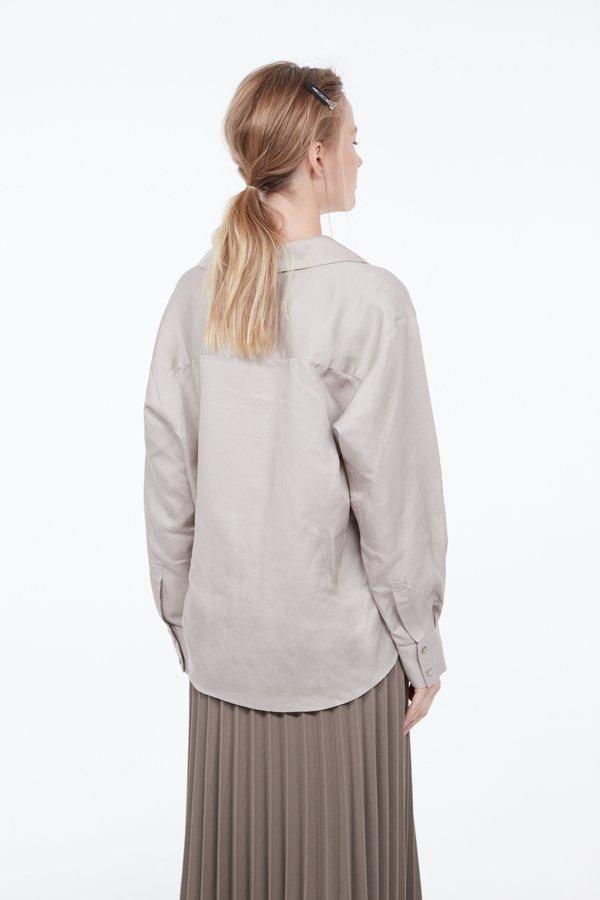 Рубашка с карманом вид сзади