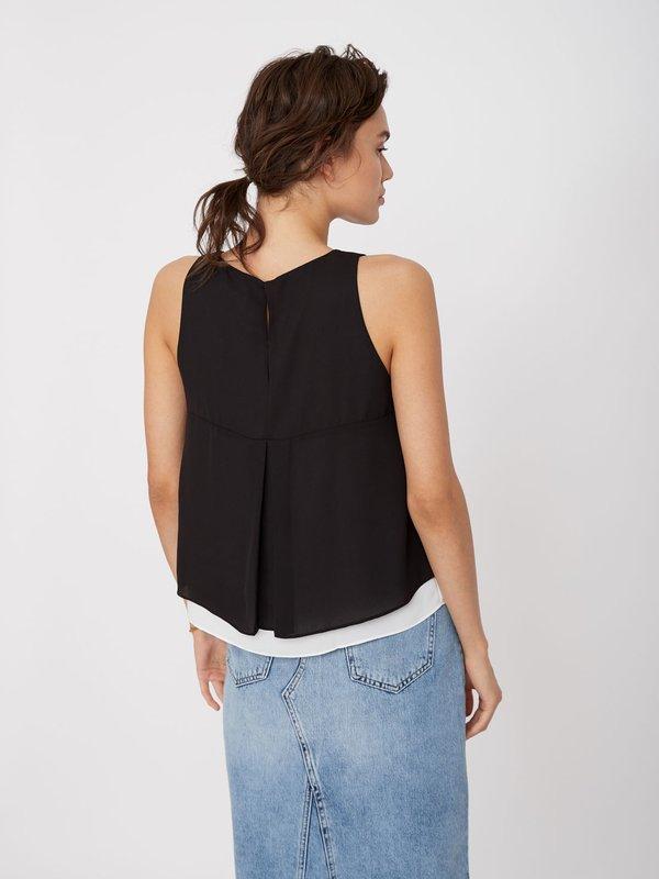 Двуслойная блузка вид сзади