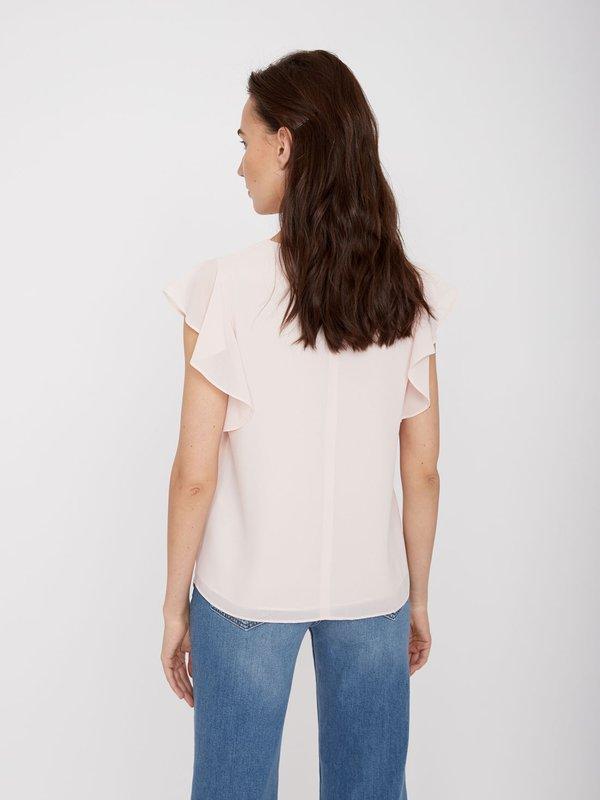 Блузка с воланами на рукавах  вид сзади